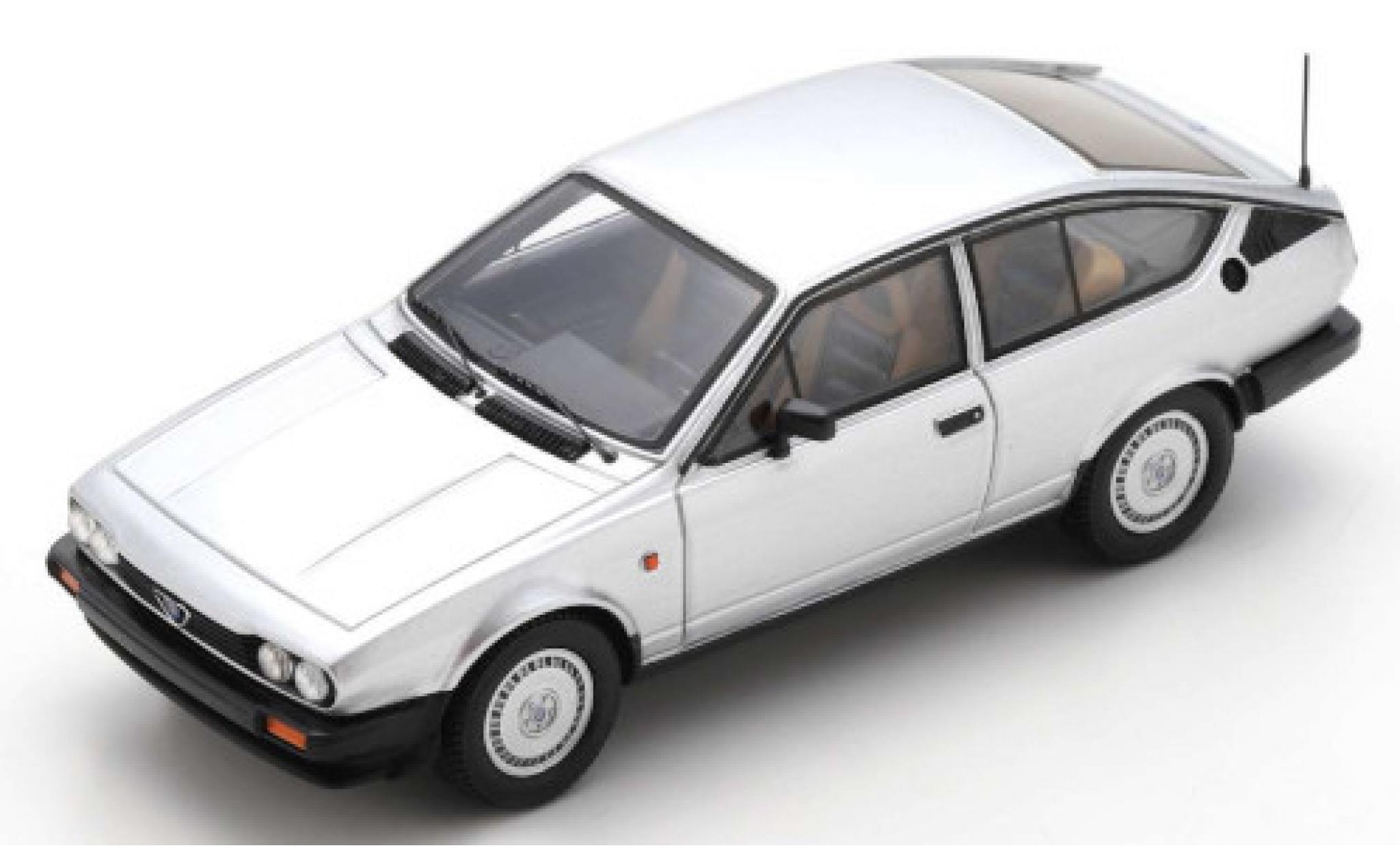 Alfa Romeo GT 1/43 Spark V 2.0 grey 1980