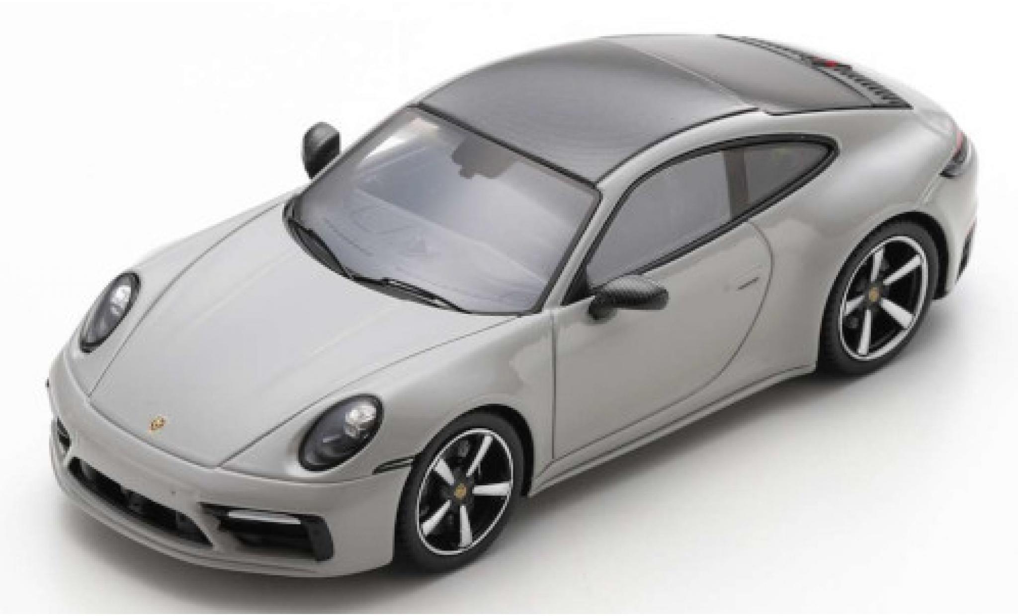 Porsche 992 4S 1/43 Spark 911 Carrera  grey 2019
