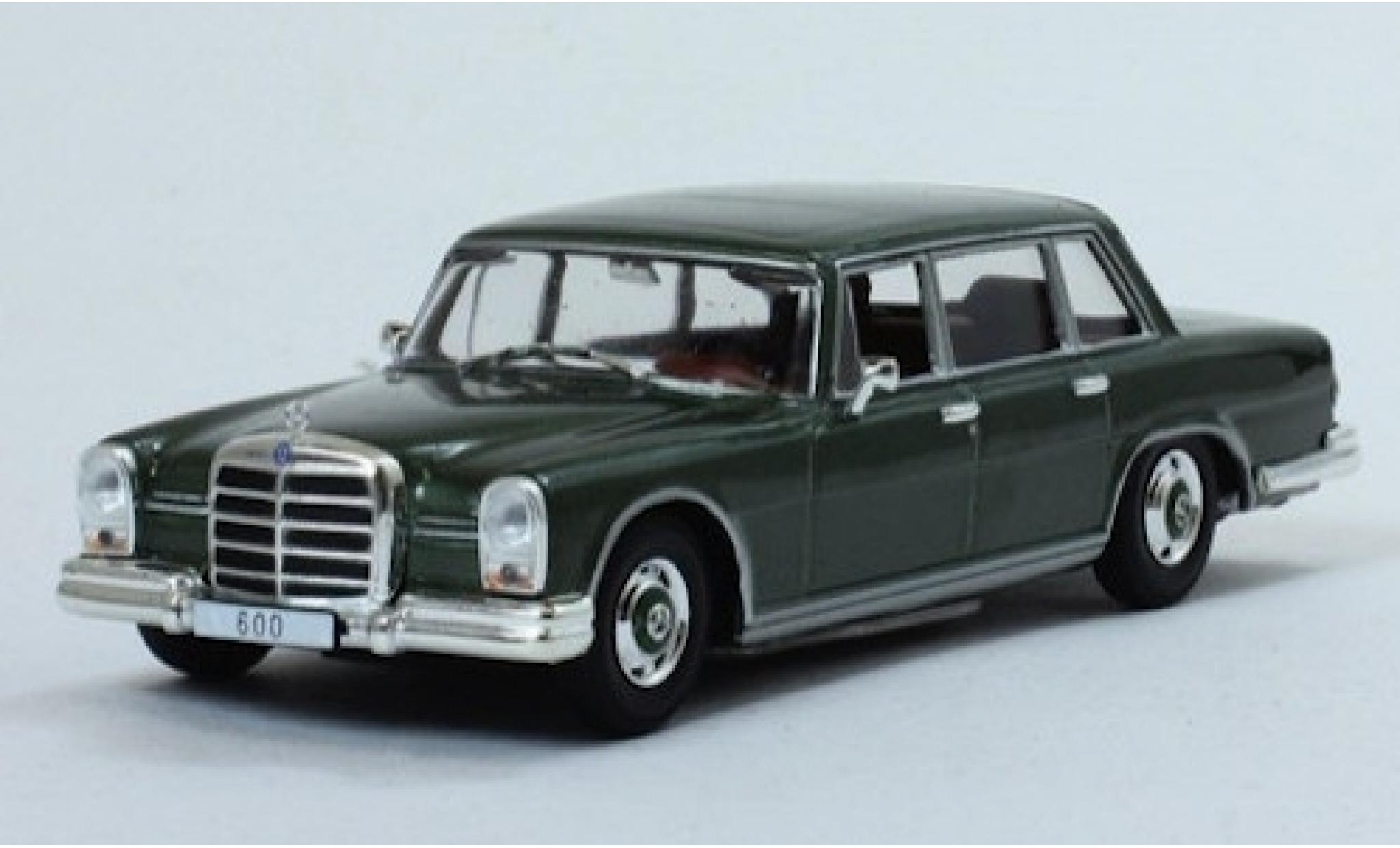 Mercedes 600 1/43 SpecialC 115 metallise verte 1964 ohne Vitrine