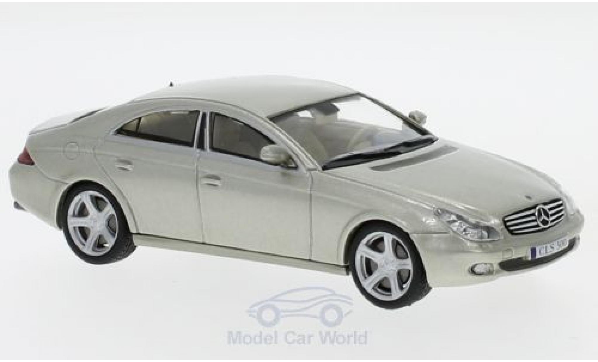 Mercedes CLS 1/43 SpecialC 16 500 (C219) metallise verte 2004 ohne Vitrine
