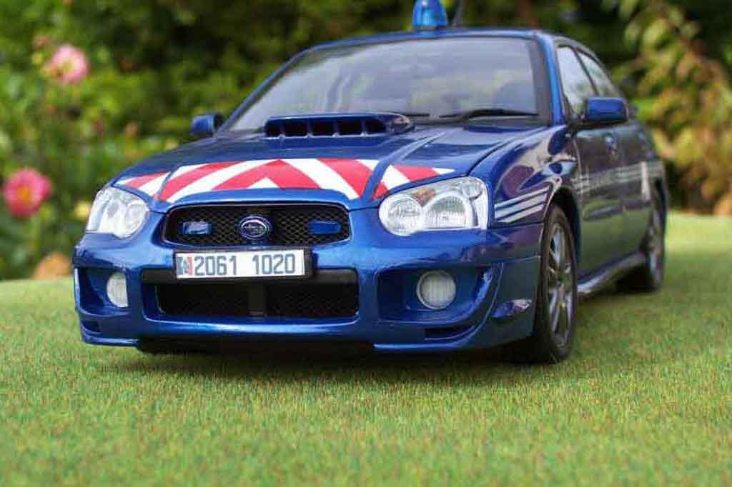 Subaru Impreza WRX 1/18 Autoart STI gendarmerie / police tuning miniature