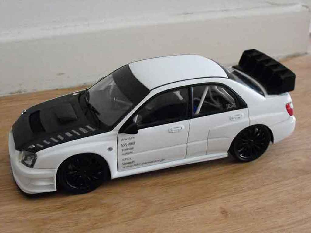 subaru impreza wrx 2003 plain body white autoart modellauto 1 18 kaufen verkauf modellauto. Black Bedroom Furniture Sets. Home Design Ideas