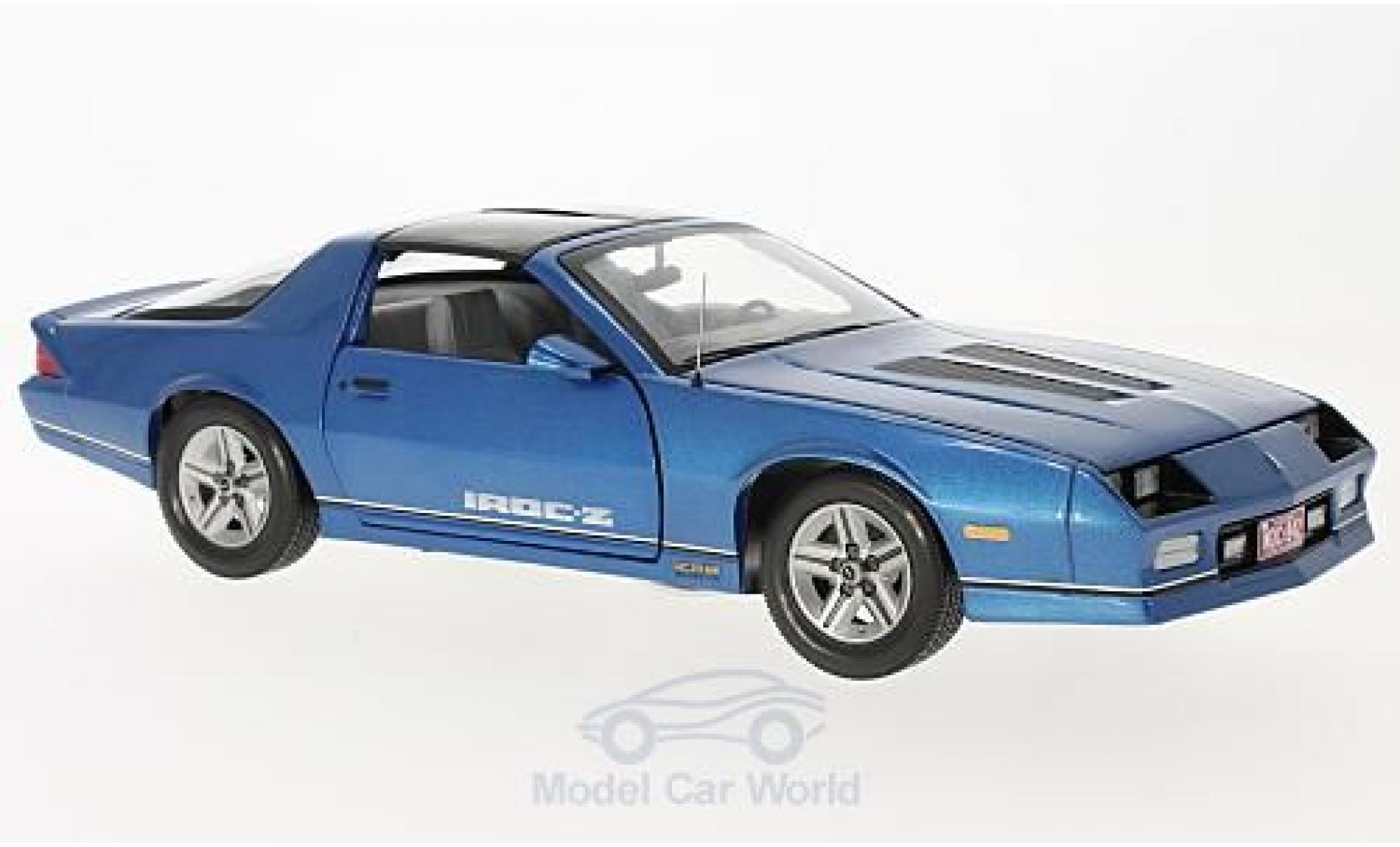 Chevrolet Camaro 1/18 Sun Star IROC-Z metallise bleue 1985