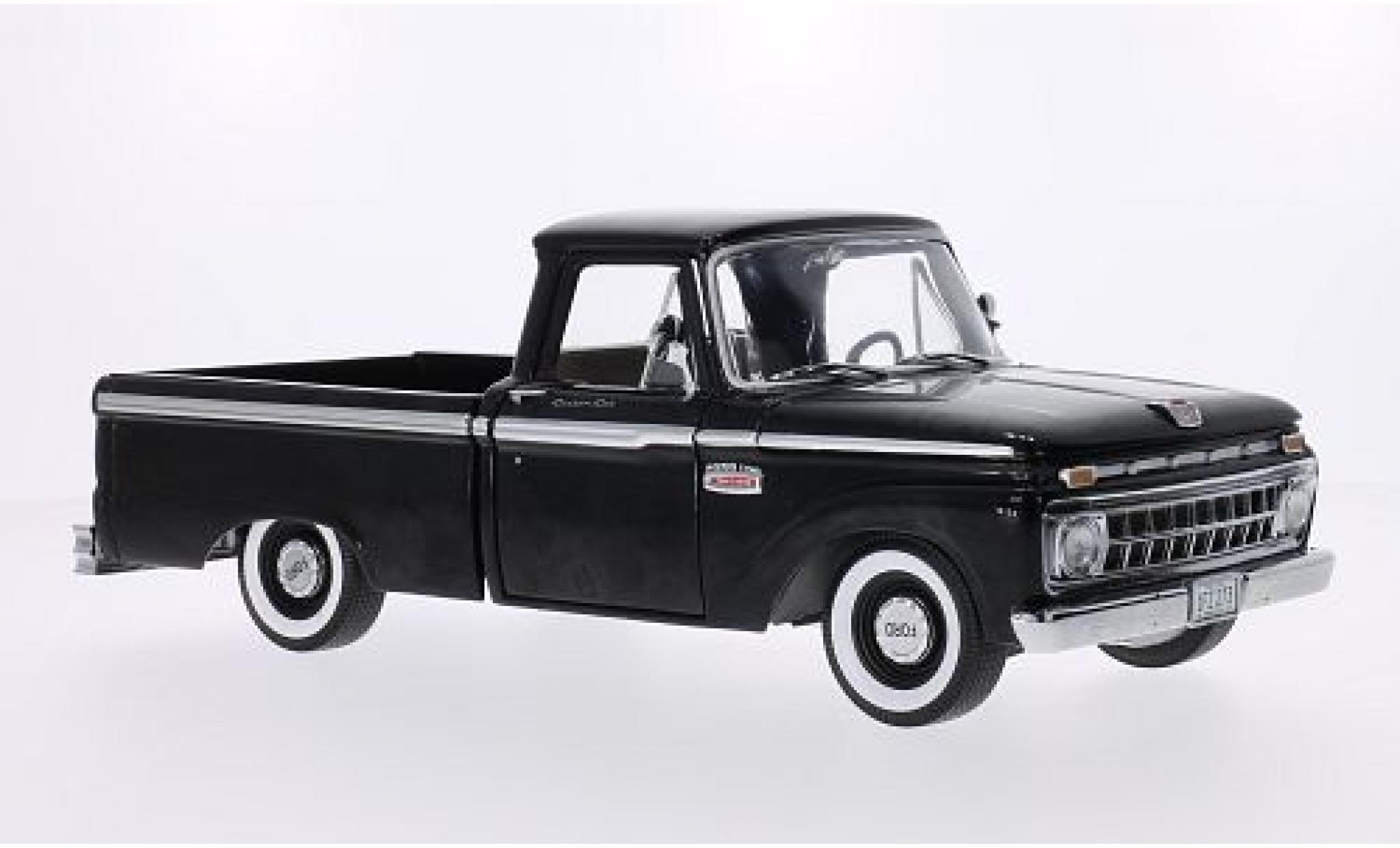 Ford F-1 1/18 Sun Star 00 Custom Cab Pickup noire 1965
