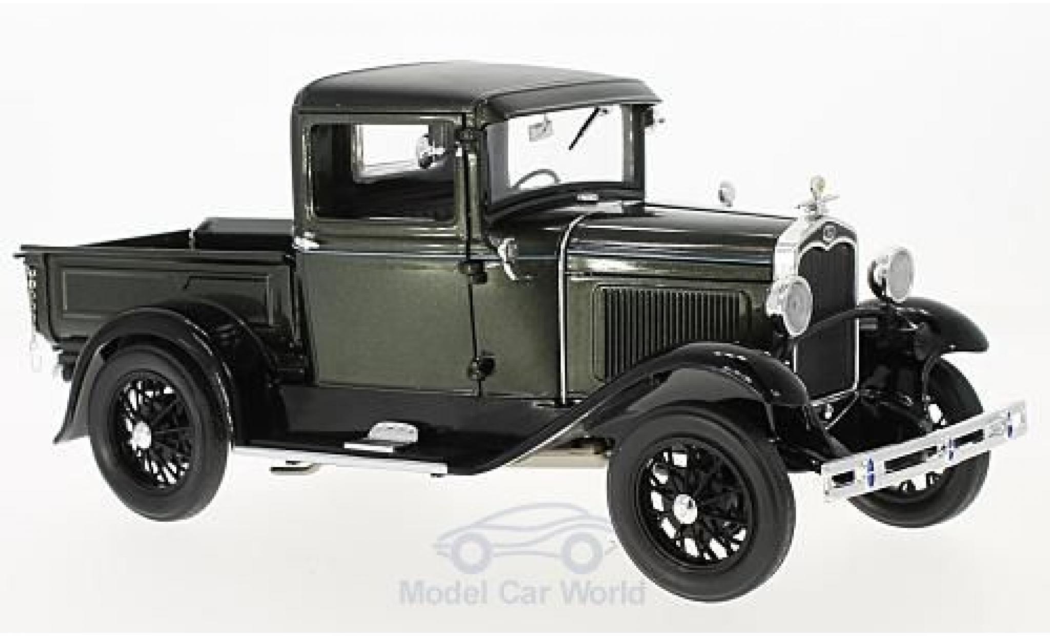 Ford Model A 1/18 Sun Star Pick Up metallic-dunkelgrün/noire 1931