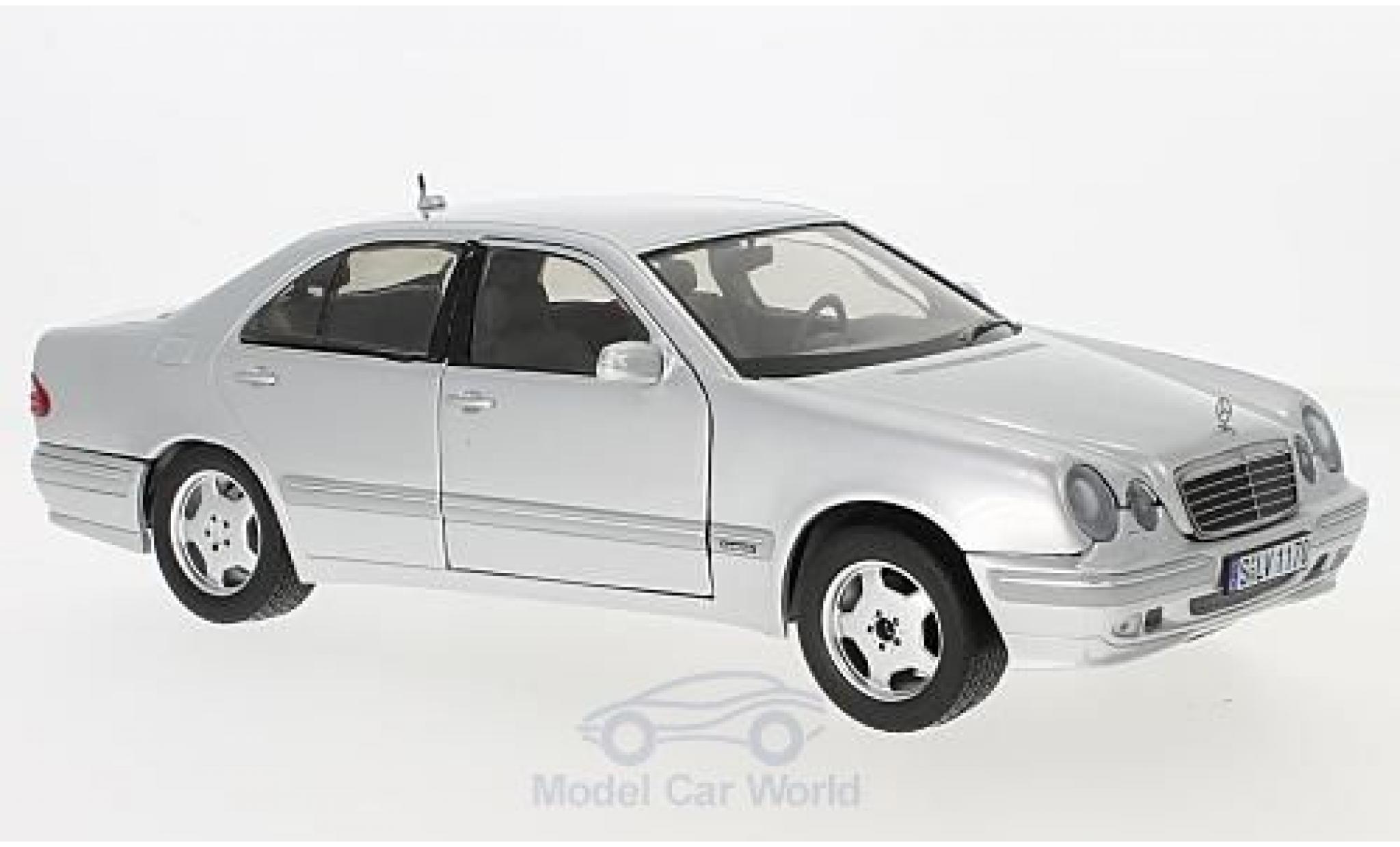 Mercedes Classe E 1/18 Sun Star E320 (W210) grise