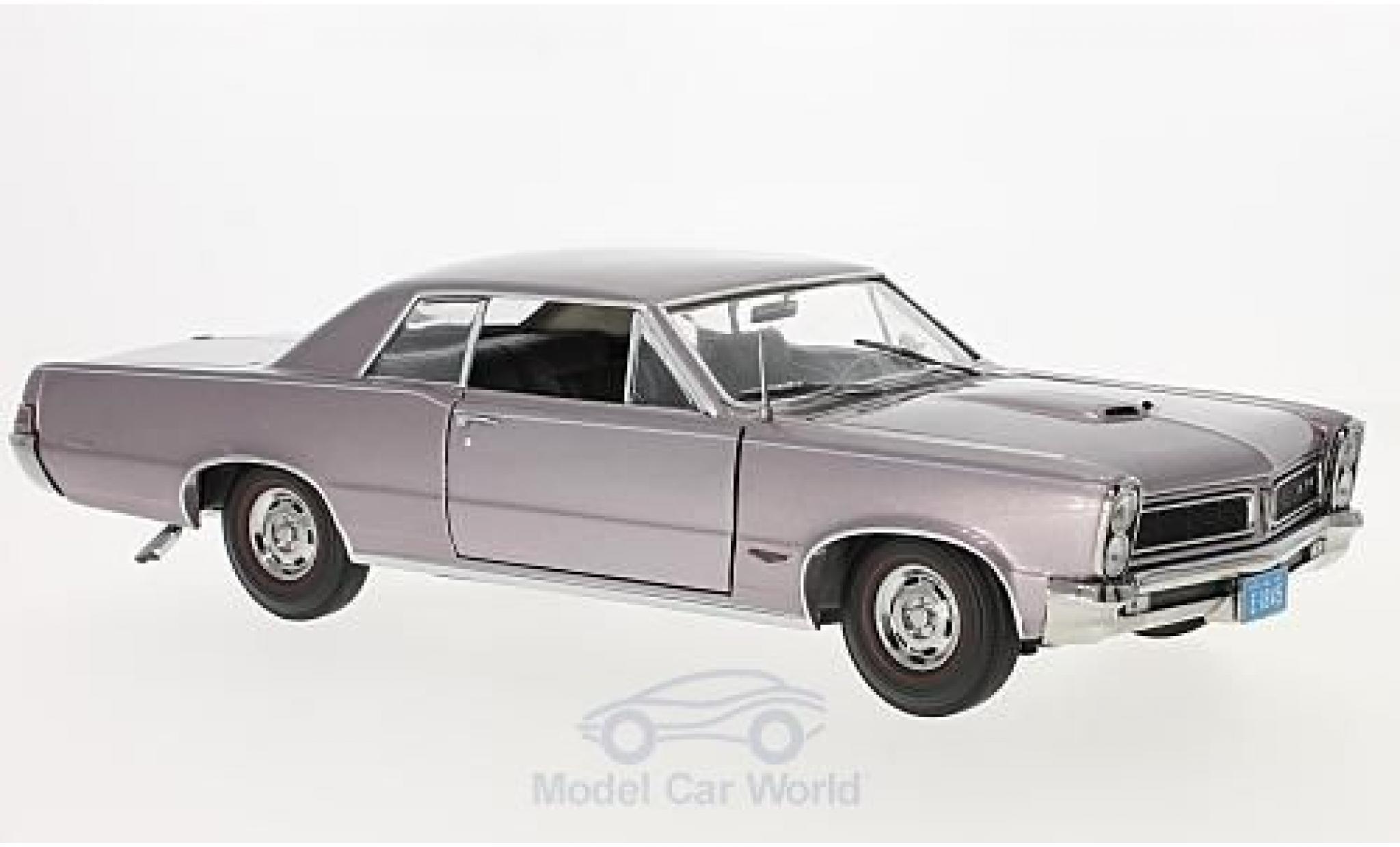 Pontiac GTO 1/18 Sun Star metallic-helllila 1965