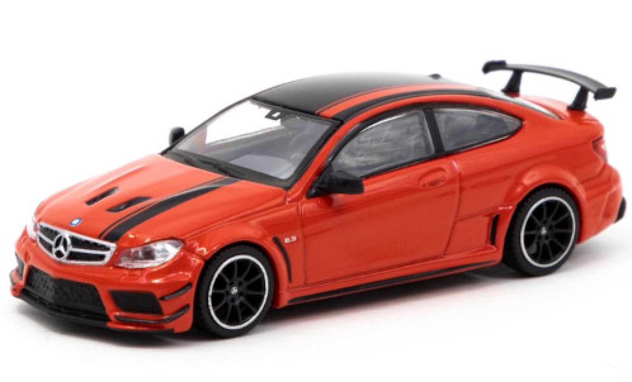 Mercedes Classe C 1/64 Tarmac Works C 63 AMG Coupe Black Series (C205) rouge/noire