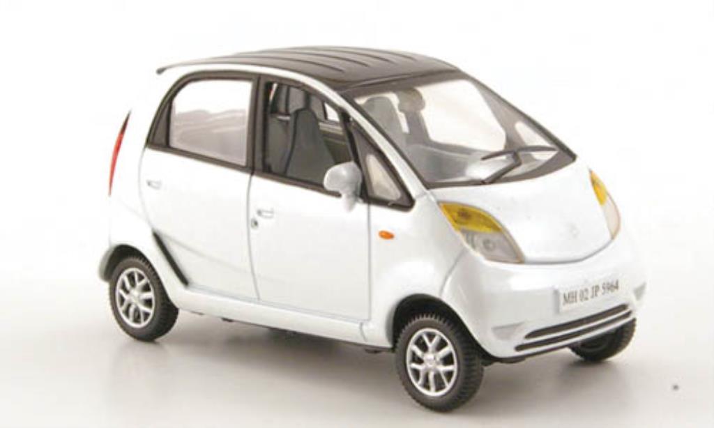 Tata Nano 1/43 Norev LX blanche/noire 2009 miniature