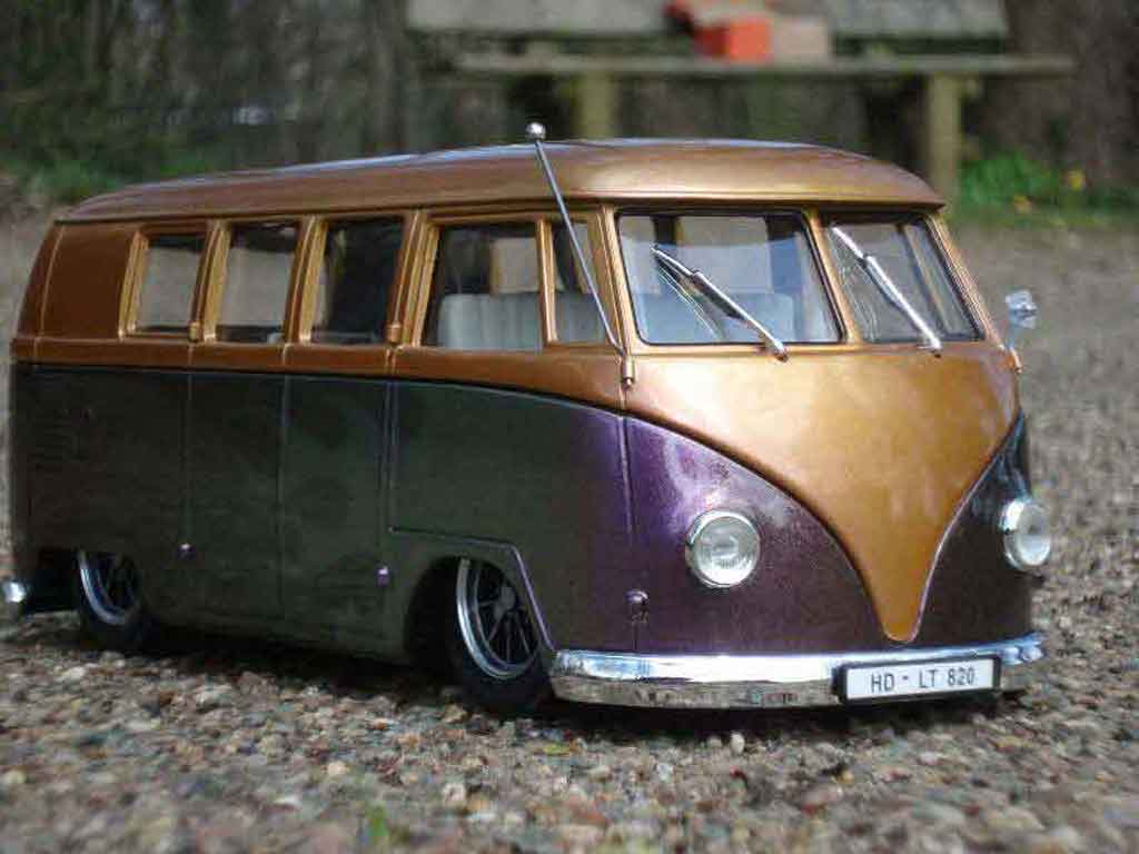 Volkswagen Combi 1/18 Solido the simple bus tuning modellautos