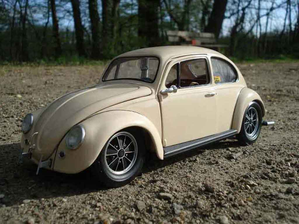 Volkswagen Kafer 1/18 Road Legend coccinelle 67 old school tuning modellautos