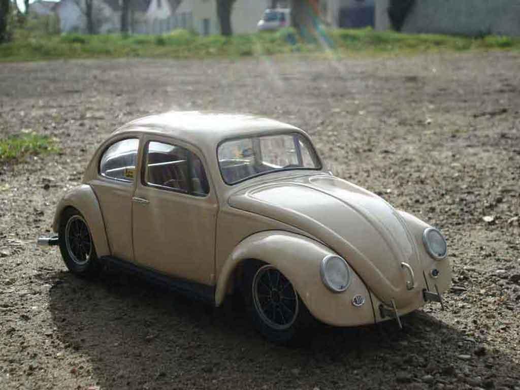 Volkswagen Kafer 1/18 Road Legend coccinelle 67 old school