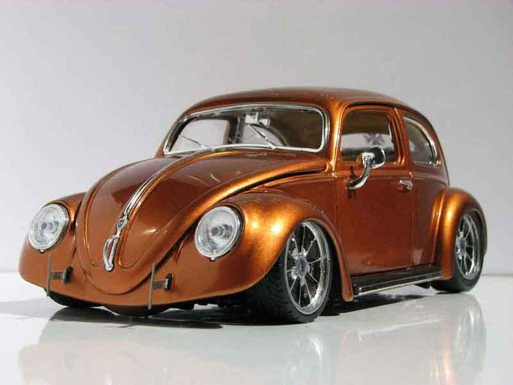 Volkswagen Kafer 1/18 Burago coccinelle ovale orange burn tuning miniature