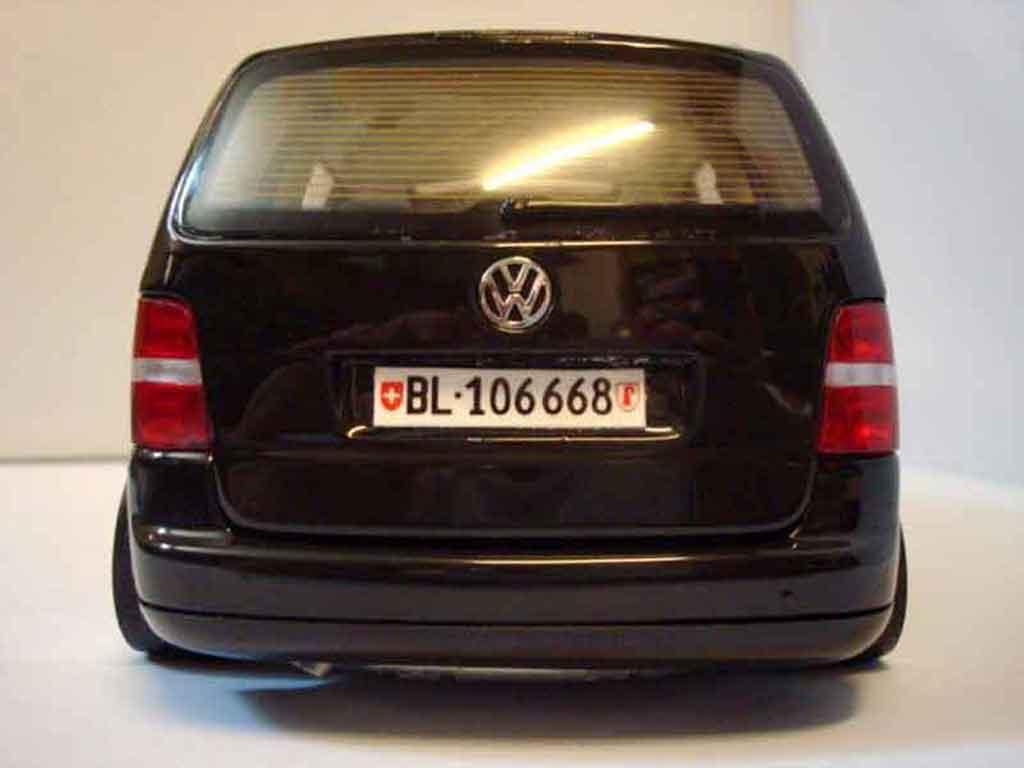 Volkswagen Touran 1/18 Shanghai Volkswagen black jantes porsche