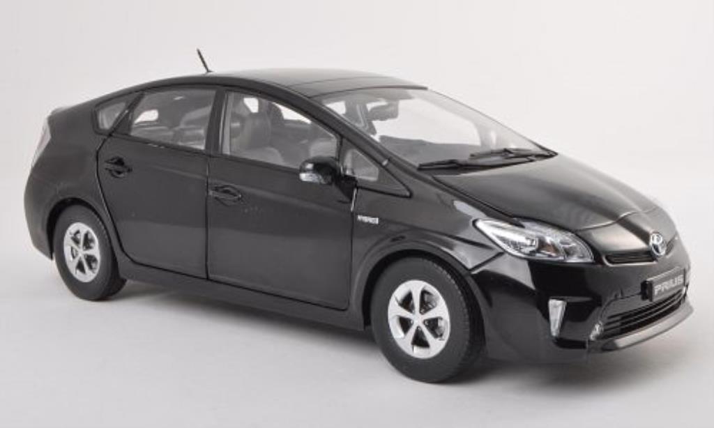 Toyota Prius 1/18 Paudi schwarz 2012 modellautos