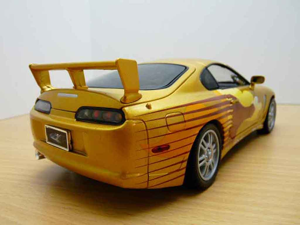 Toyota Supra 1/18 Ertl fast and furious 2
