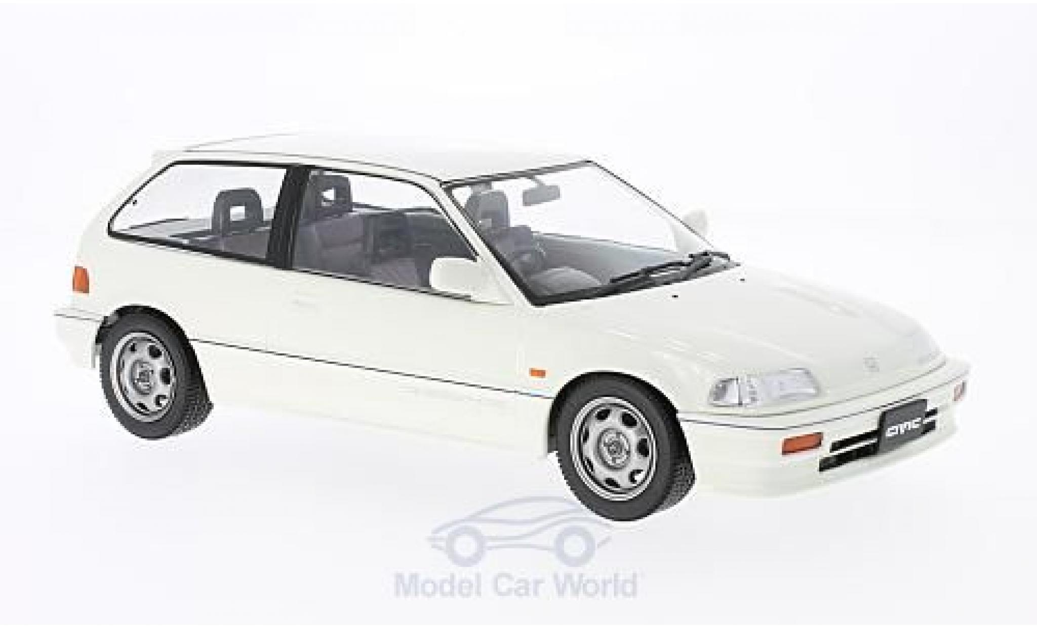 Honda Civic 1/18 Triple 9 Collection EF-3 Si blanche RHD 1987 ohne Vitrine