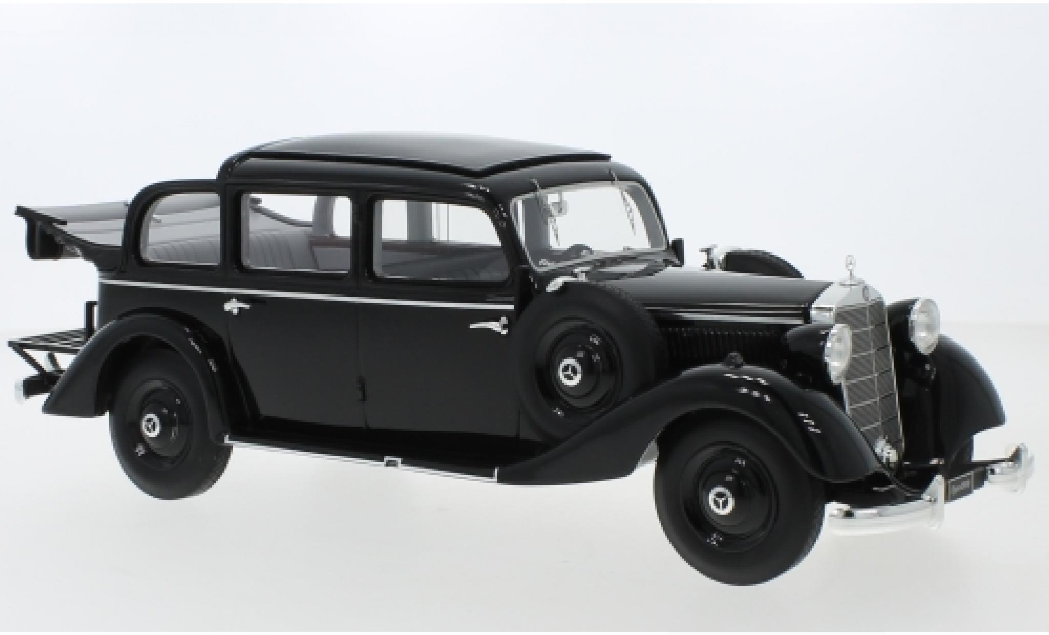 Mercedes 260 1/18 Triple 9 Collection D (W138) Pullman Landaulet noire 1936 ouverts/es Verdeck