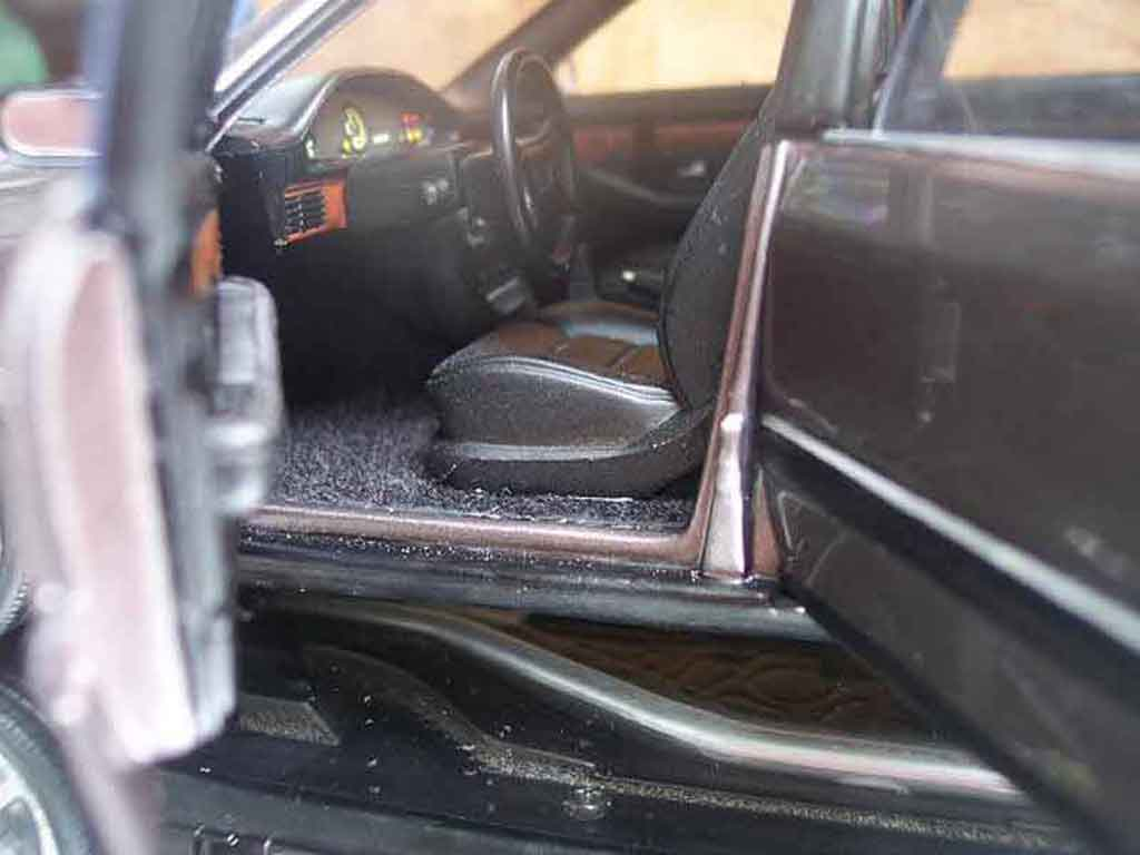 Audi V8 Quattro 1/18 Minichamps street version