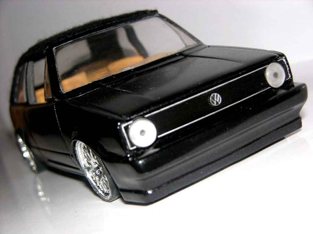 Volkswagen Golf 1 cabriolet 1/18 Sun Star black jantes bbs german look