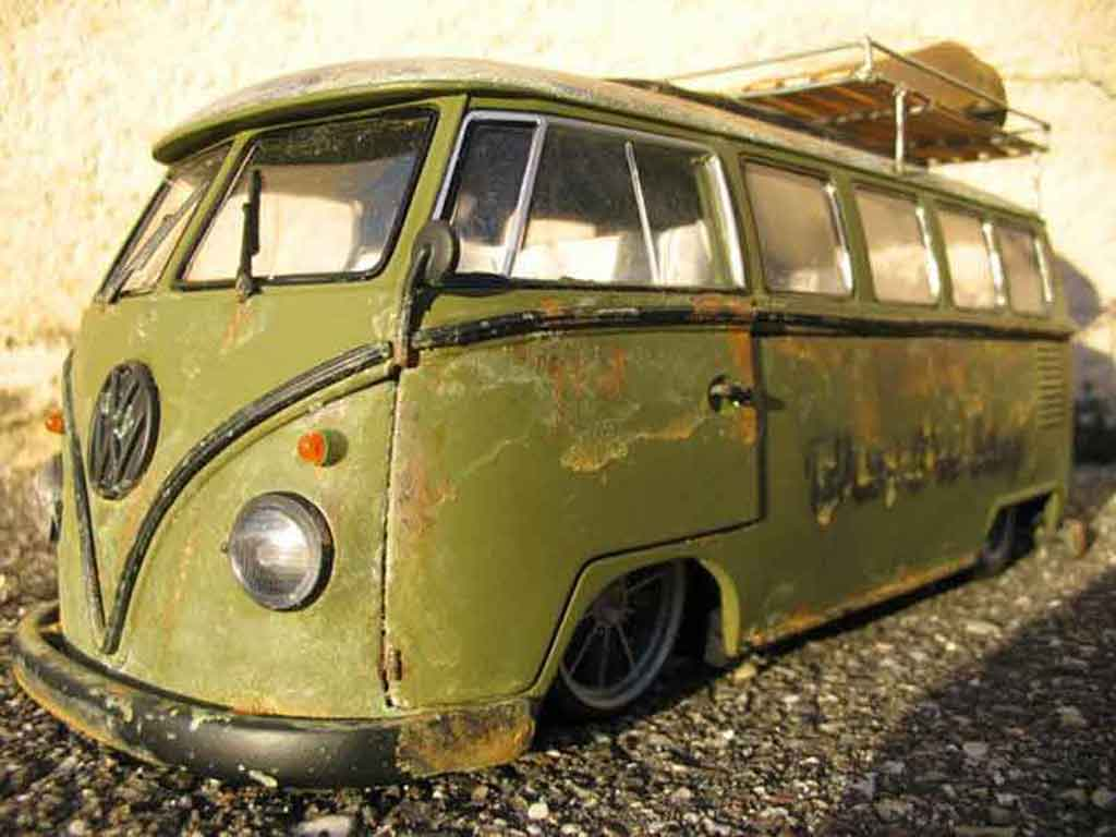 Volkswagen Combi 1962 Rusty Split Welly Diecast Model Car