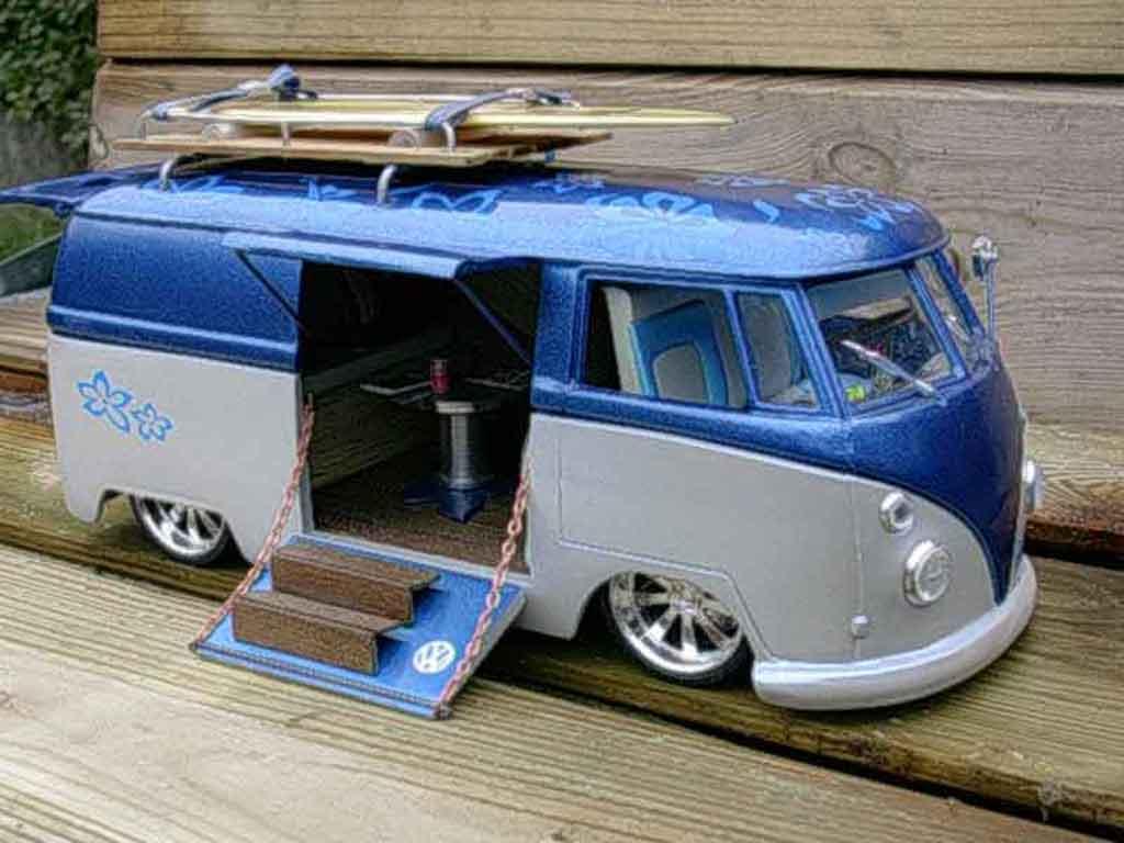 Volkswagen Combi 1/18 Solido hawai tuning modellautos