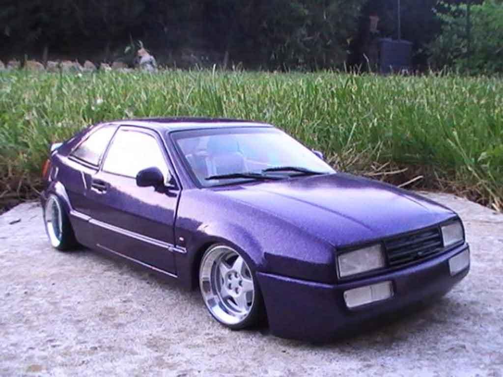 Volkswagen Corrado VR6 1/18 Revell peinture violet avec paillette