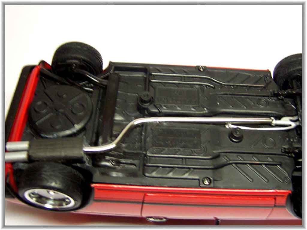 Volkswagen Golf 1 GTI 1/18 Solido rouge jantes 15 pouces ronal turbo