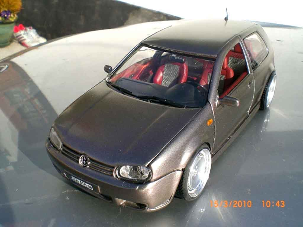 Volkswagen Golf IV R32 1/18 Revell tdi german look kit carrosserie
