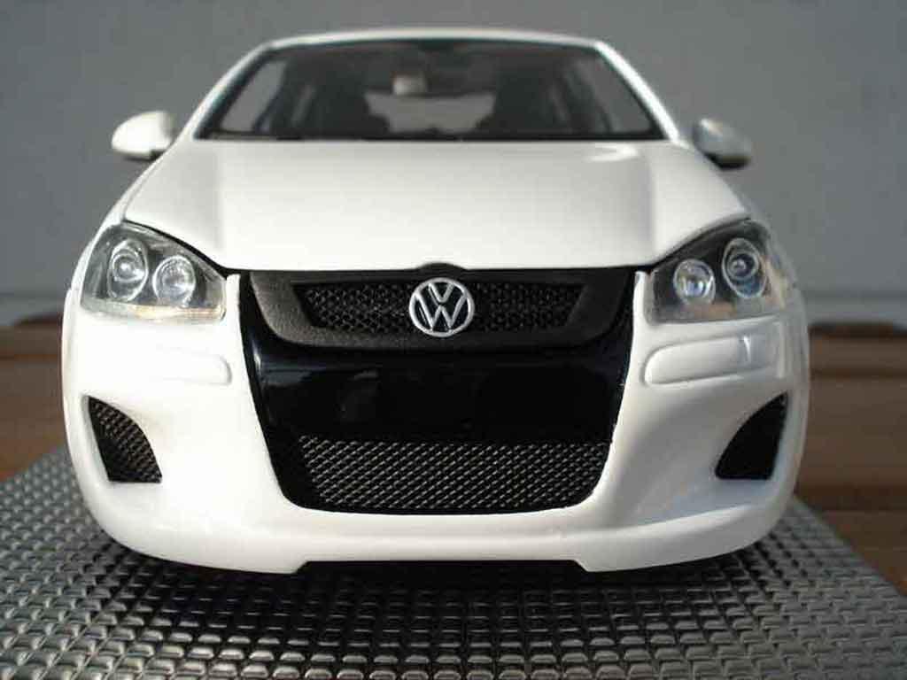 Volkswagen Golf V GTI 1/18 Norev white hofele spirit