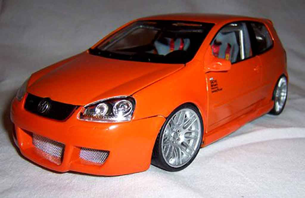 Volkswagen Golf V GTI 1/18 Norev orange jantes bbs 19 pouces tuning miniature