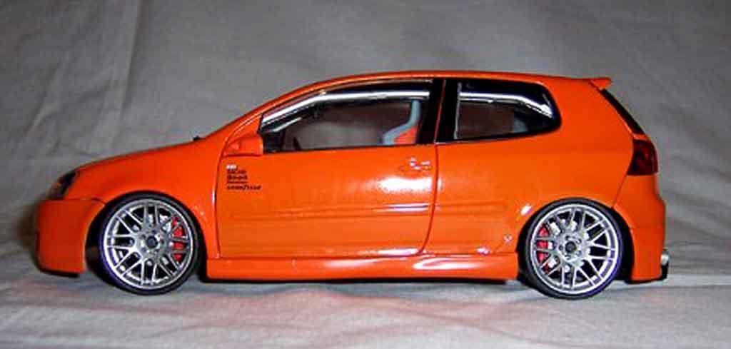 Volkswagen Golf V GTI 1/18 Norev orange jantes bbs 19 pouces