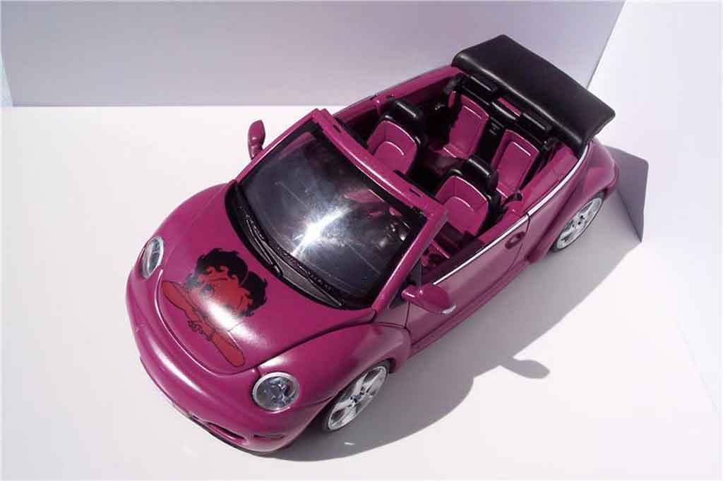 Volkswagen New Beetle cabriolet 1/18 Autoart preparation porsche