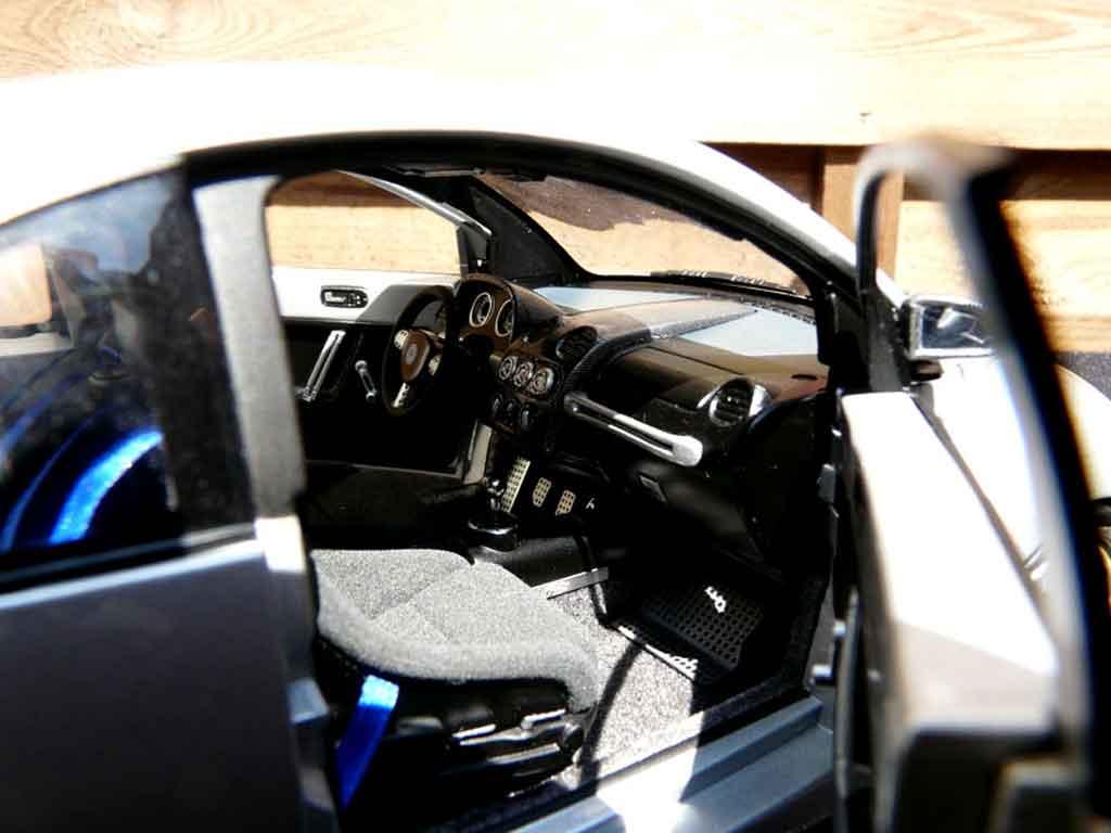 Volkswagen New Beetle RSI 1/18 Autoart r