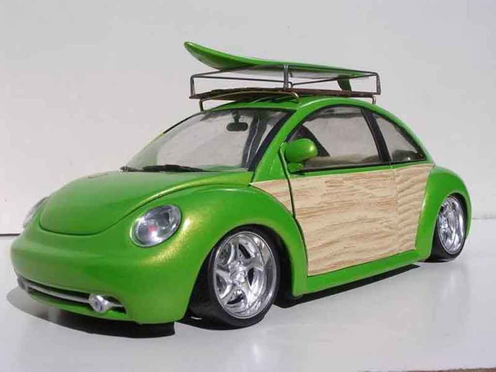 volkswagen new beetle miniature woody green surf. Black Bedroom Furniture Sets. Home Design Ideas