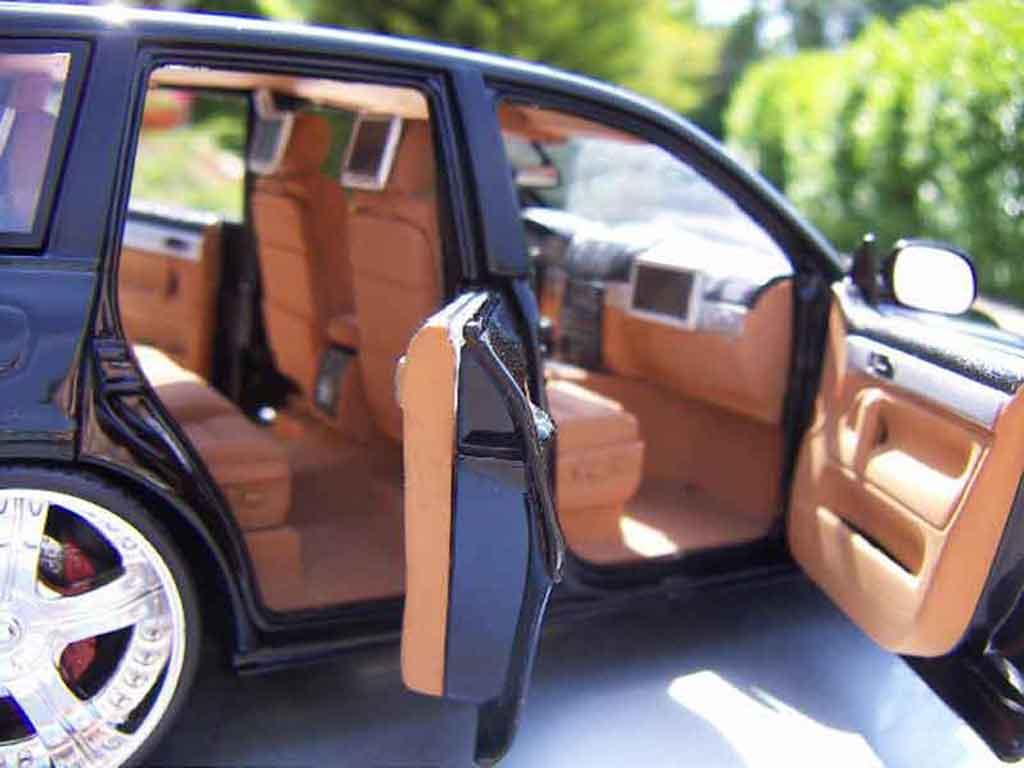 Volkswagen Touareg 1/18 Welly dub style jantes 20 pouces chromees