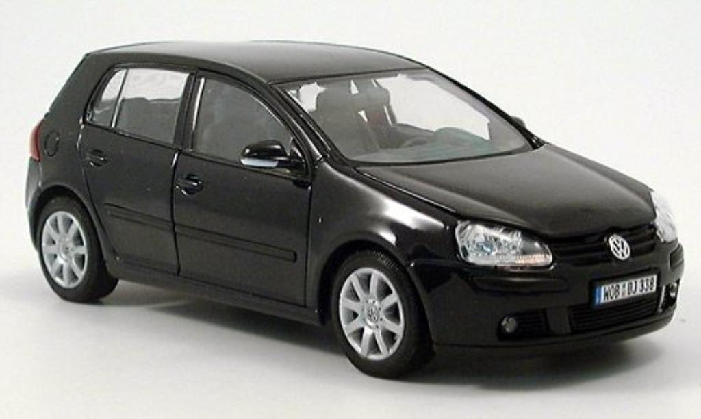 Volkswagen Golf V 1/24 Welly nero 2004 modellino in miniatura