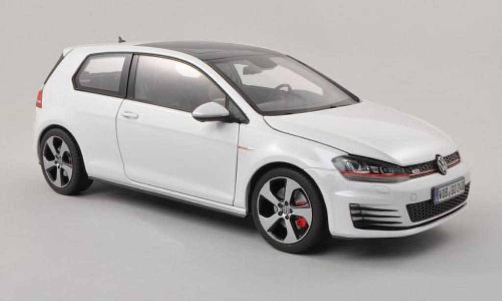 volkswagen golf vii miniature gti blanche 3 turer norev 1 18 voiture. Black Bedroom Furniture Sets. Home Design Ideas