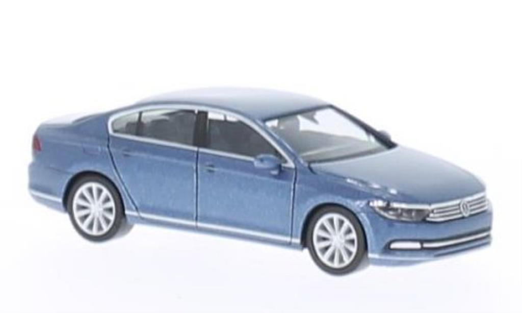 volkswagen passat b8 limousine blue 2014 herpa diecast model car 1 87 buy sell diecast car. Black Bedroom Furniture Sets. Home Design Ideas