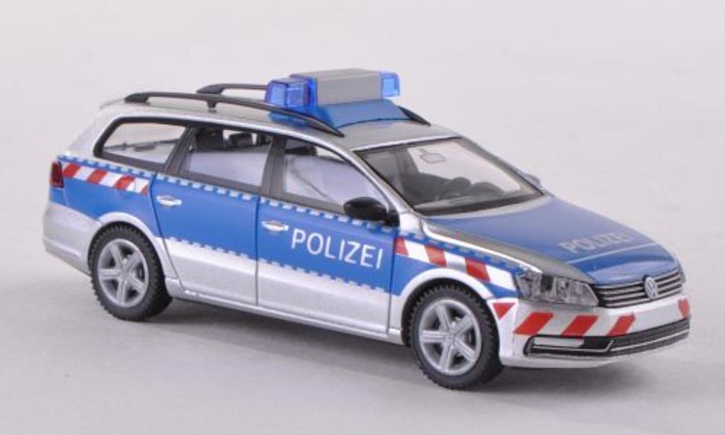 Volkswagen Passat Variant (B7) Polizei Wiking. Volkswagen Passat Variant (B7) Polizei Police miniature 1/87