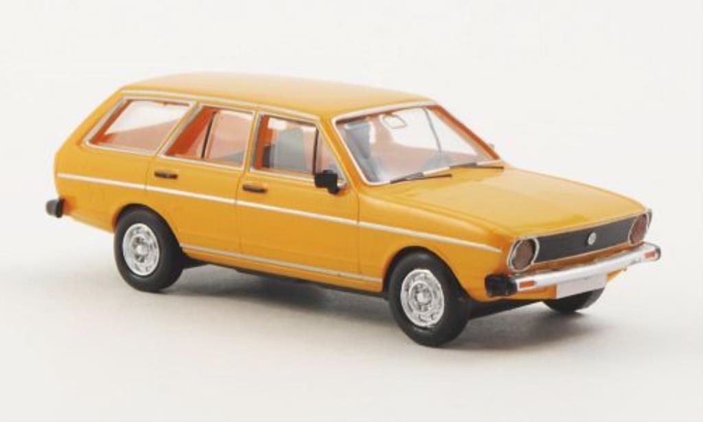 volkswagen passat variant gelb mcw modellauto 1 87 kaufen verkauf modellauto online. Black Bedroom Furniture Sets. Home Design Ideas