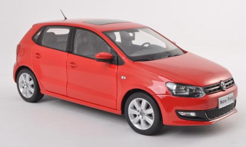 volkswagen polo miniature rouge 2011 paudi 1 18 voiture. Black Bedroom Furniture Sets. Home Design Ideas