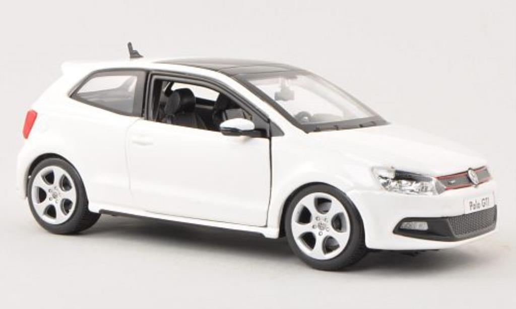 Volkswagen Polo 1/24 Burago V GTI white diecast model cars