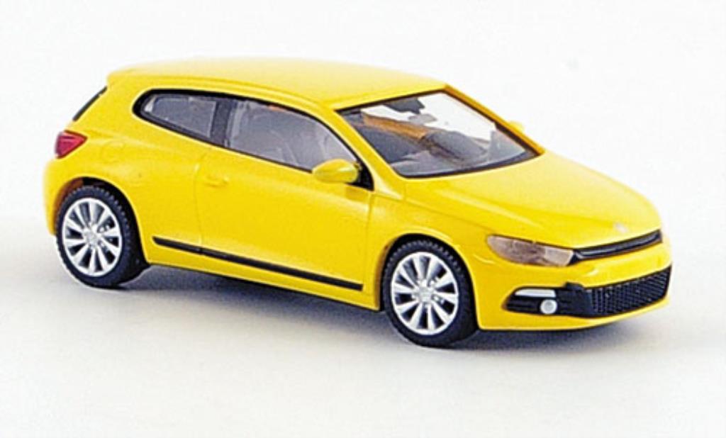 Volkswagen Scirocco 1/87 Wiking III jaune 2008 miniature