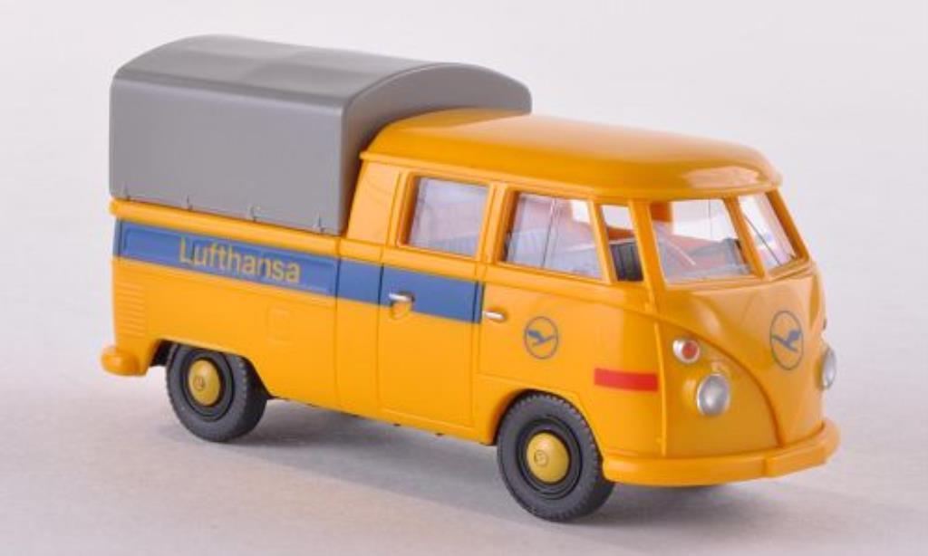 Volkswagen T1 1/87 Wiking Doppelkabine Lufthansa mit Plane miniature