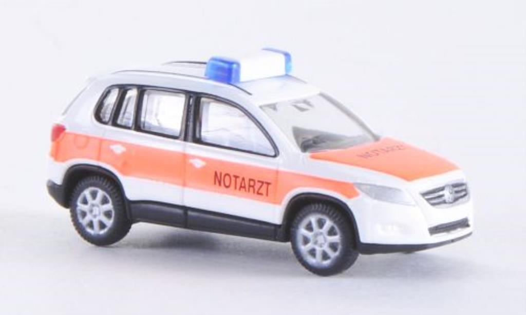 Volkswagen Tiguan 1/160 Wiking Notarzt miniature