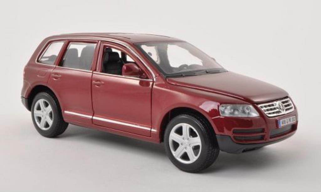 Volkswagen Touareg 1/24 Burago I red diecast model cars