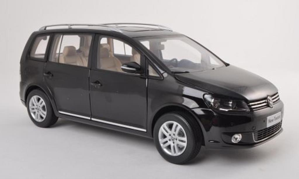Volkswagen Touran 1/18 Paudi TSI noire 2011 miniature