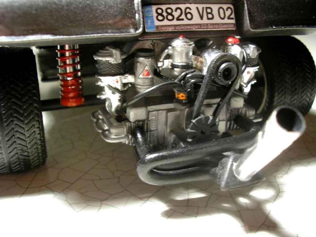 Volkswagen Buggy 1/18 Burago vw