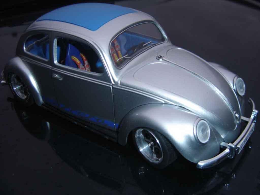 Volkswagen Kafer 1/18 Solido carrera cox